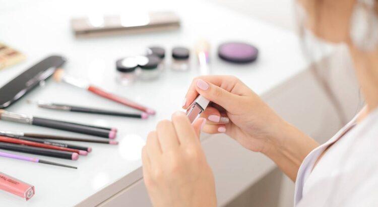 cosmetici biologici in primo piano